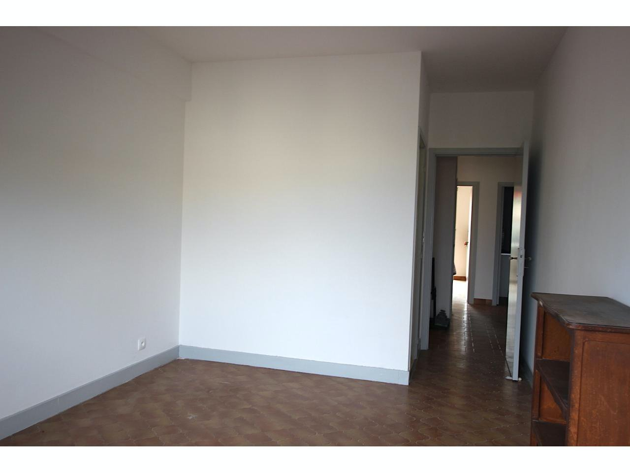Apartment 5 min to the sea and beach