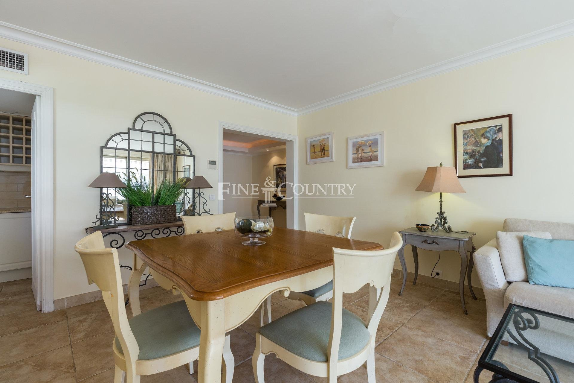 Two bedroom apartment for sale in Palm Beach, Cannes
