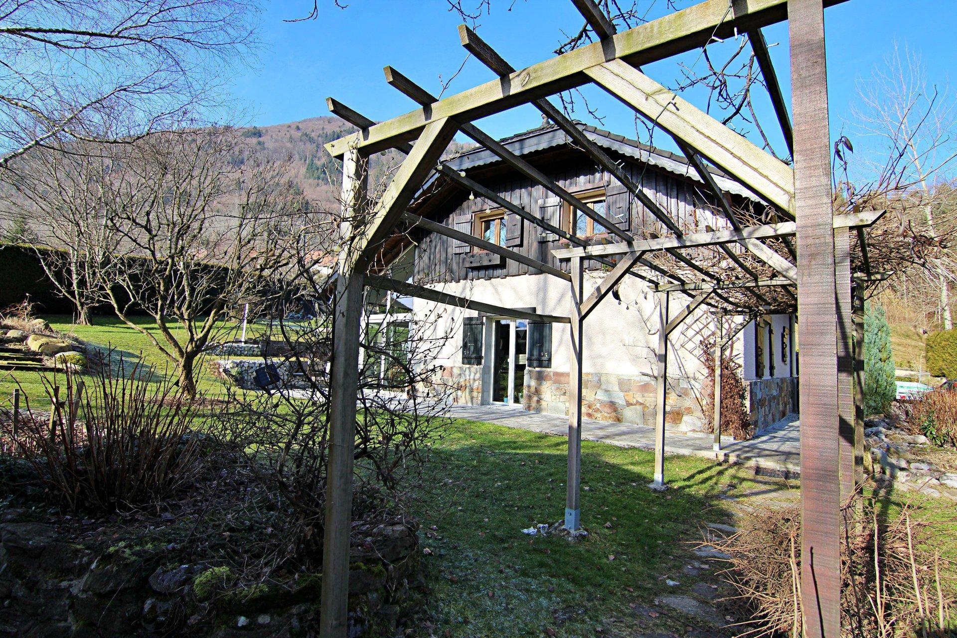 Maison 6 pièces 173m2 à Menthon-Saint-Bernard