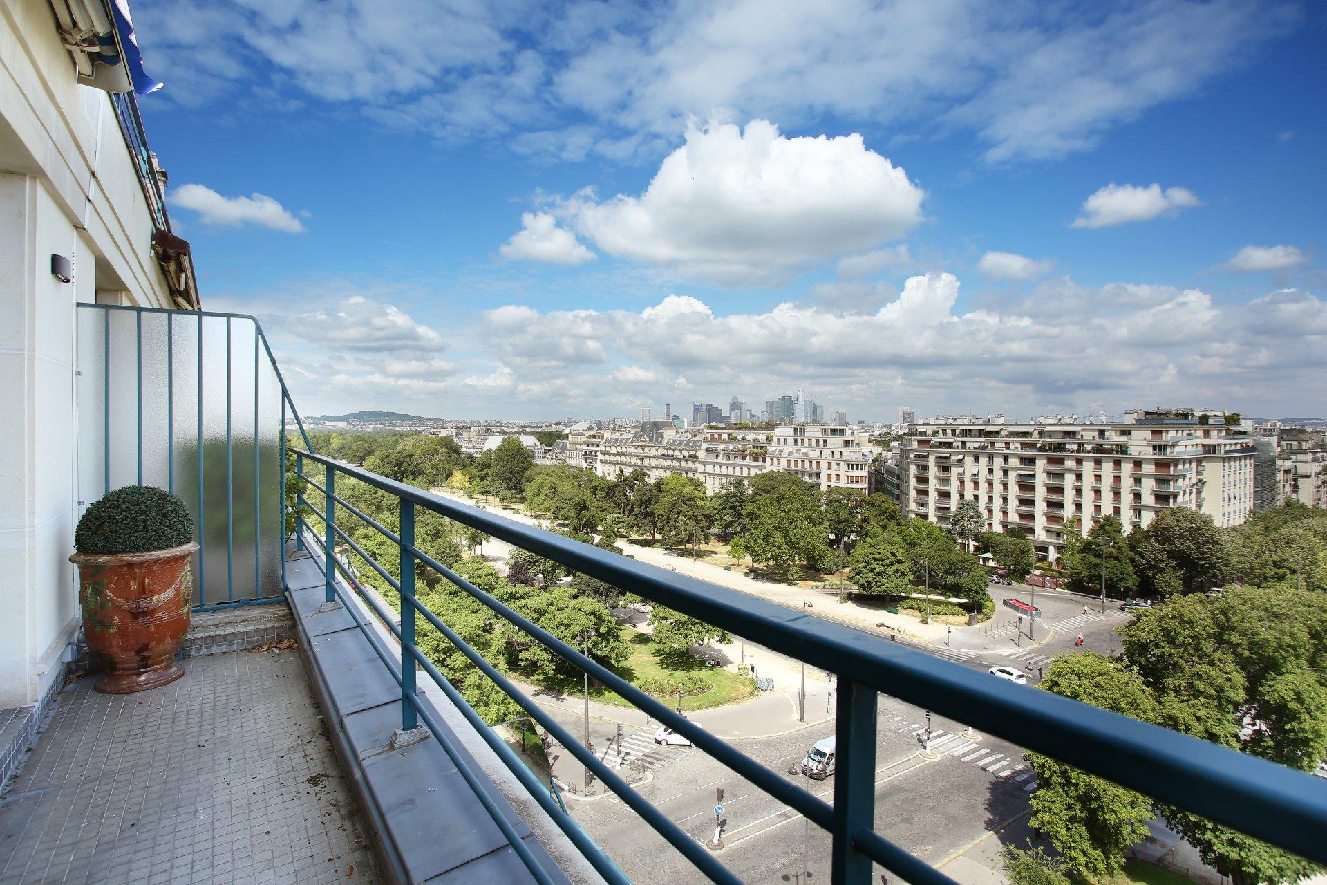 Penthouse Avenue Foch - 3pièces 69m2 + Terrasse 58m2