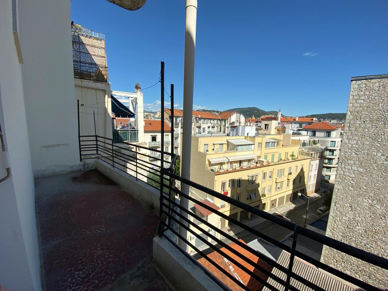 Apartment close to everything with balcony