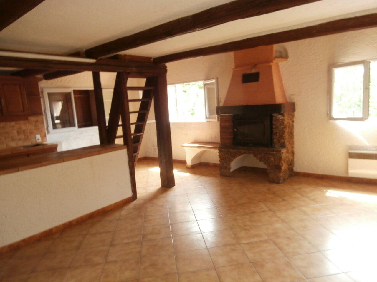 Sale House - Roure