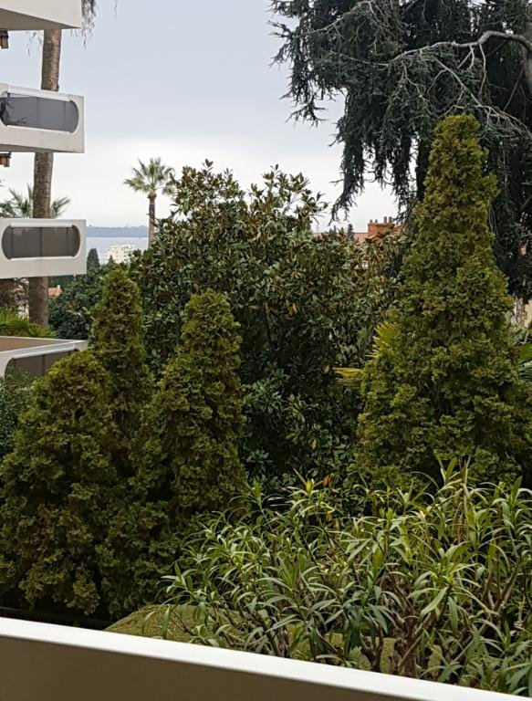 Sale Apartment - Cannes Vallergues