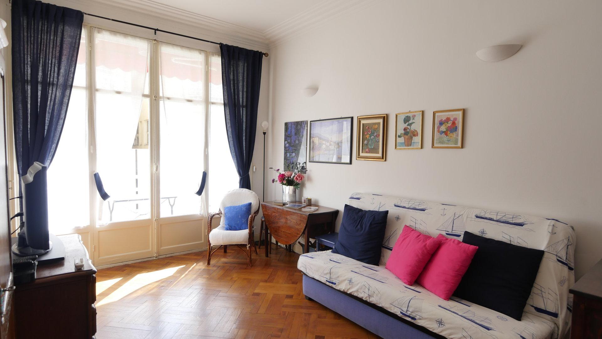 CARRE D'OR, 2 pièces de 40 m² avec balcon