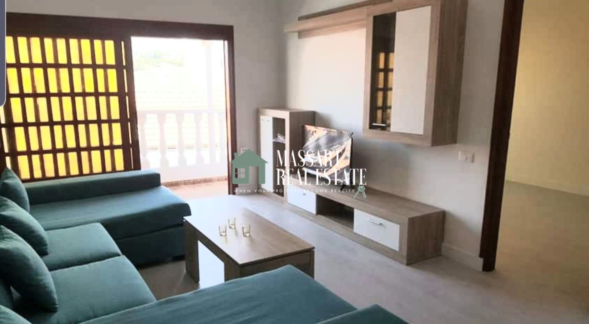 For sale in the central municipality of Adeje, renovated and furnished detached house of 350 m2.
