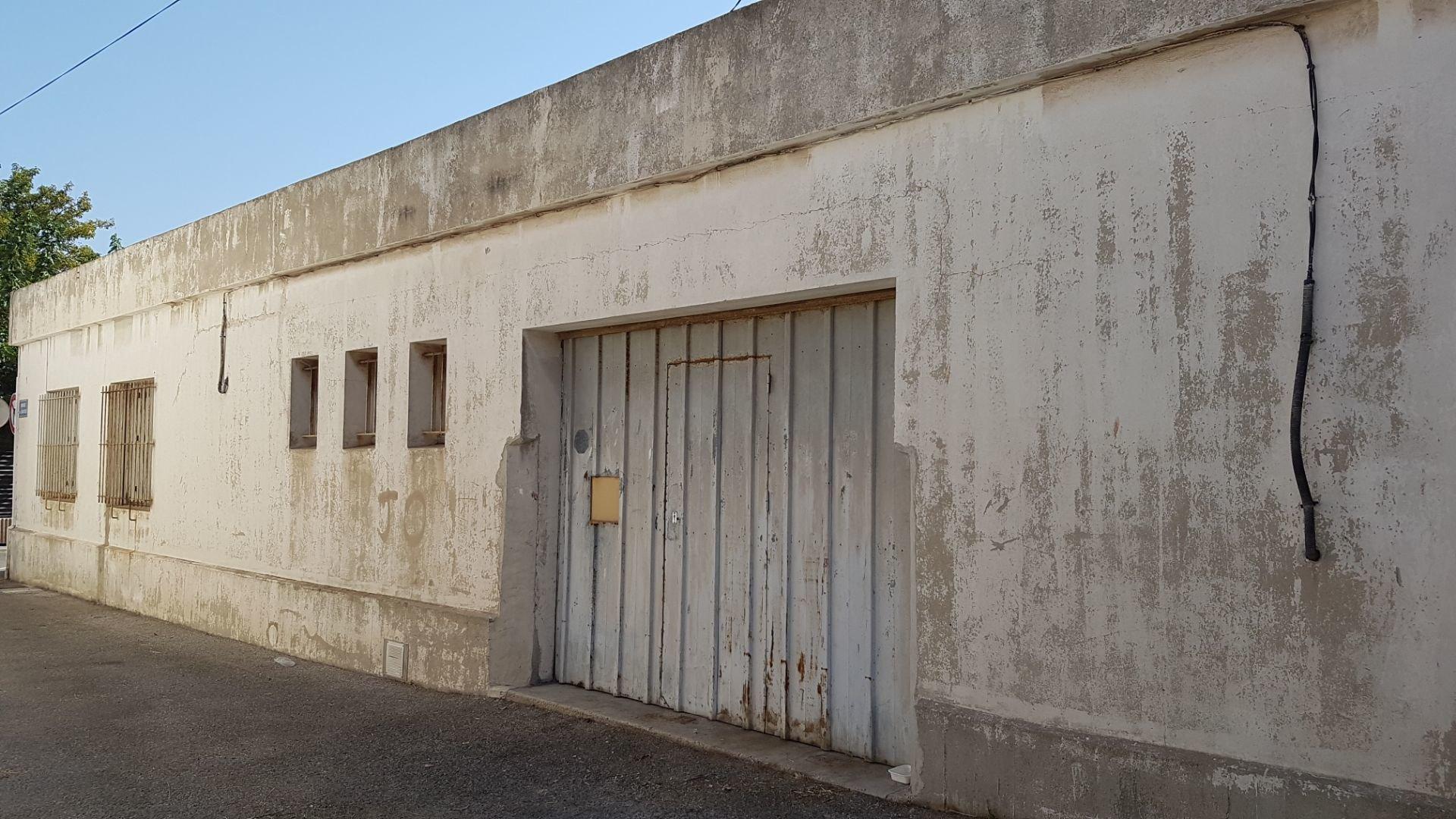 LOCATION LOCAL COMMERCIAL 257 m² PORT DE BOUC
