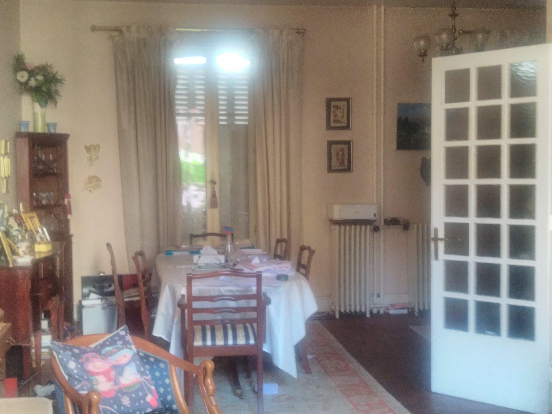 5830VBM - Maison possible 3 appts - Vichy Quartier Prisé