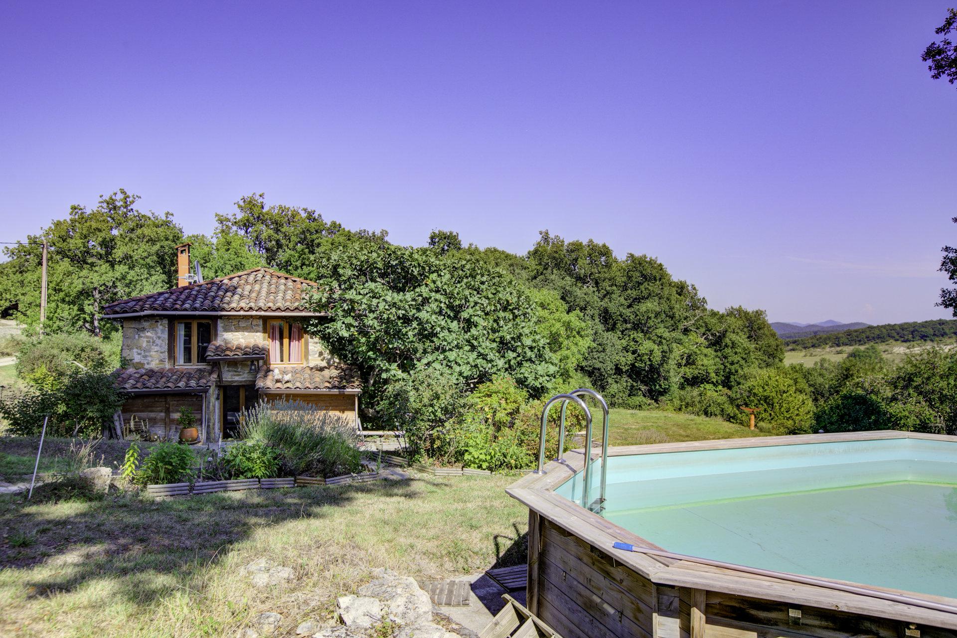 Near Arnaud Guilhem, beautiful stone house on park of 19 hectares