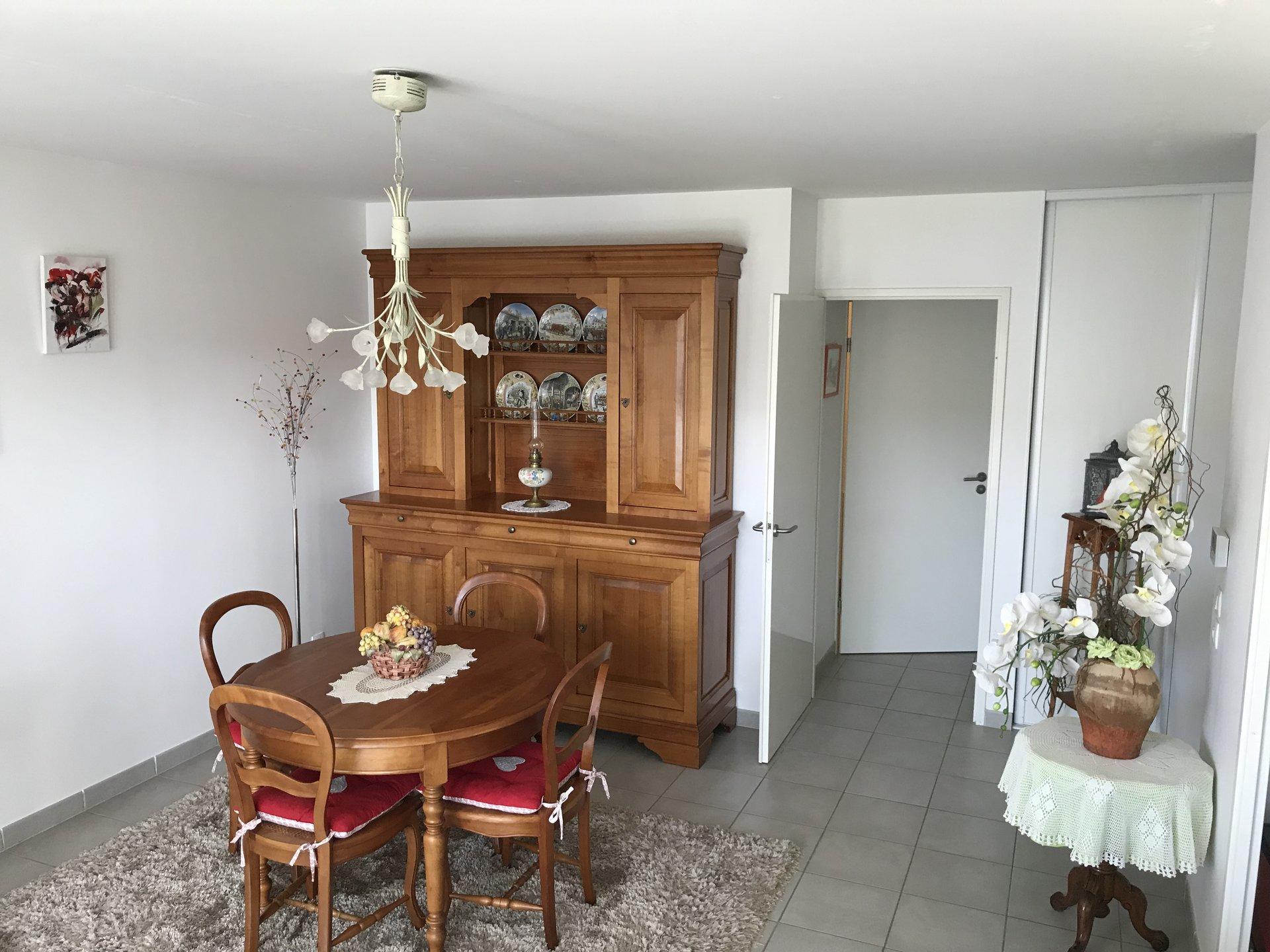 Sale Apartment - Saint-Pée-sur-Nivelle