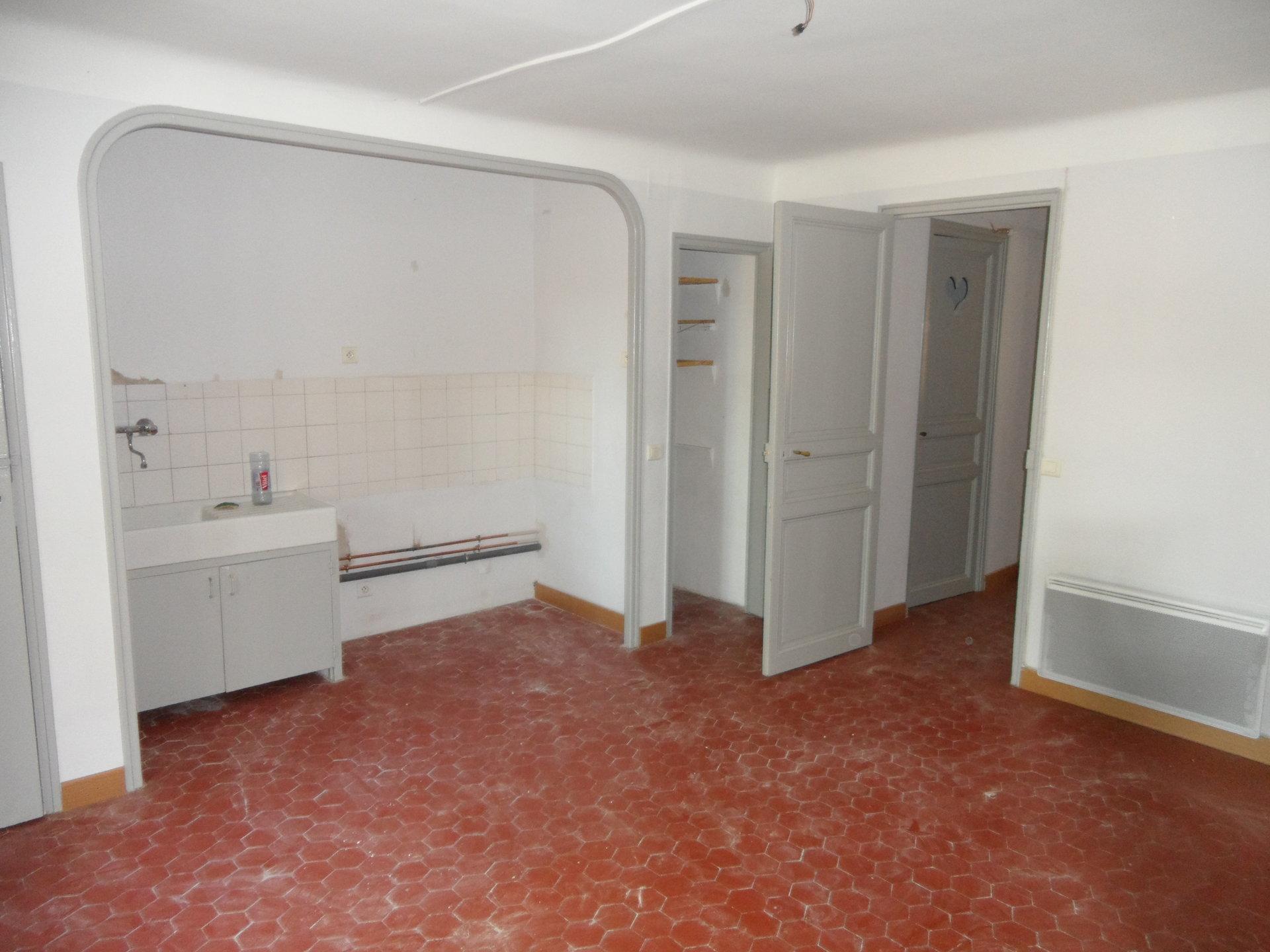 Location Appartement - Jouques