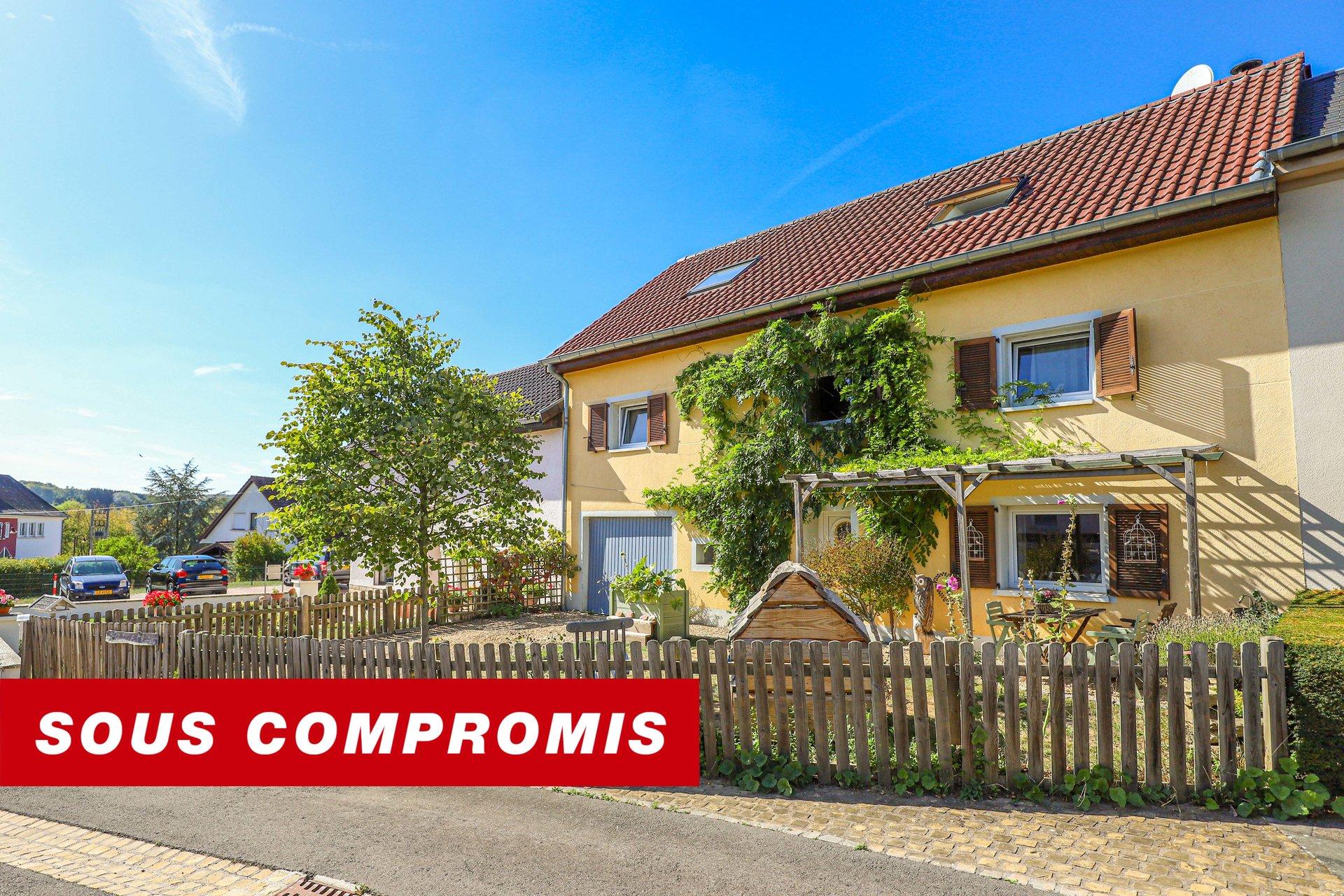 COMPROMIS SIGNE - maison de village avec 3 chambres à coucher à Ernster
