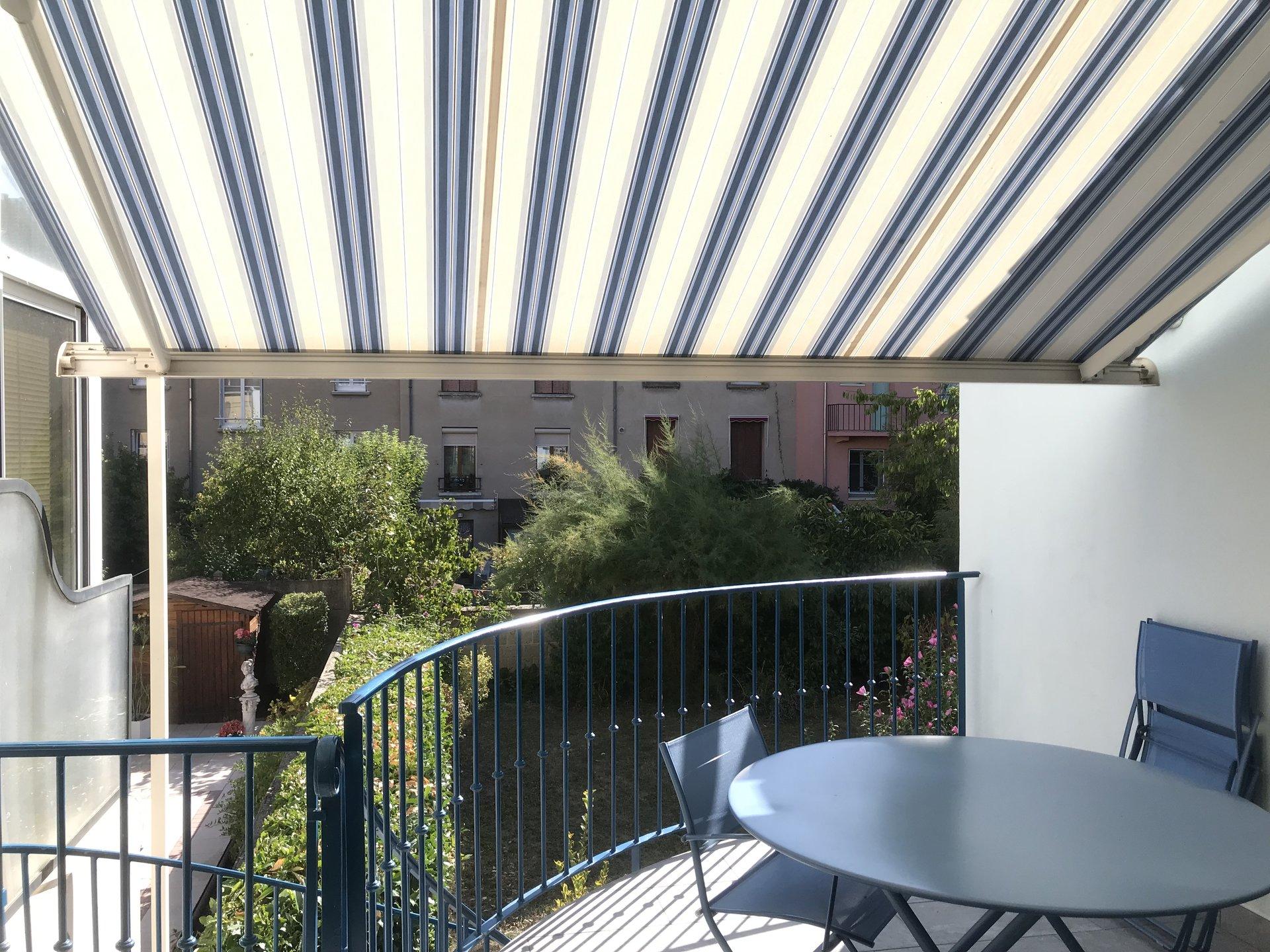5836AJM - Vichy Parcs,  Maison archi (7 pièces 180m²) Gge, jrd