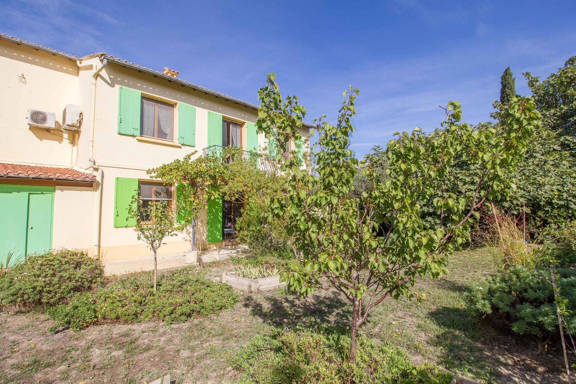 Detached house 150m², 4 bedrooms, garden