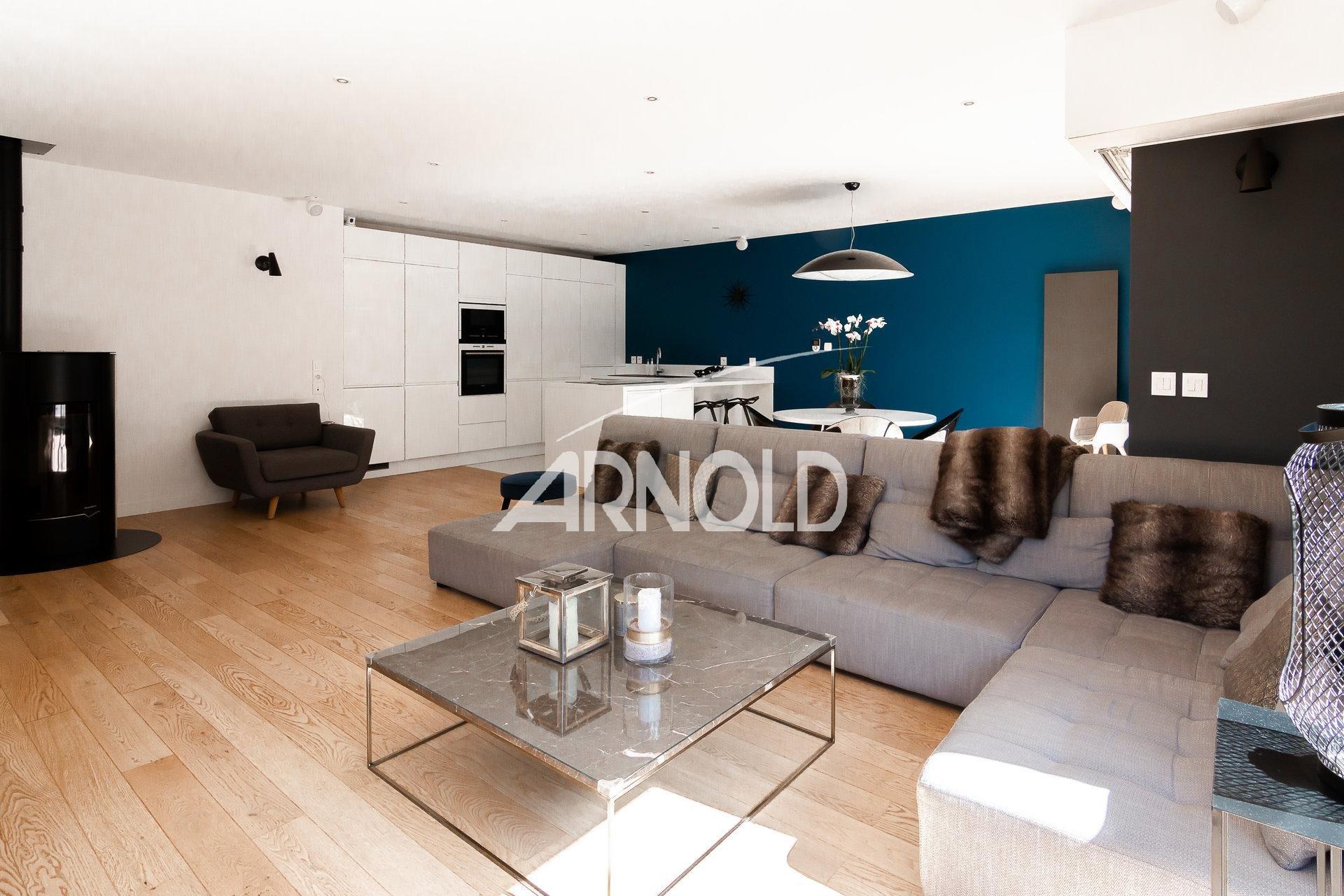 Maison d'architecte/designer - Chessy.