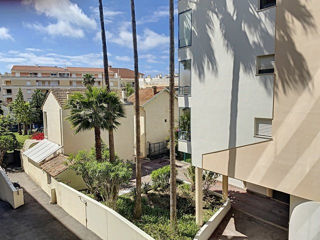 Cannes Palm Beach 3p 81 m2 renovated closed to the beaches
