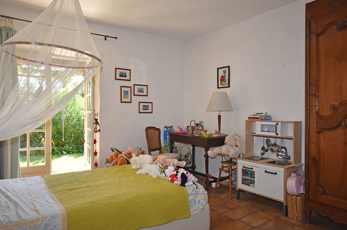 For Sale Opio - Stone property, 4 bedrooms for sale