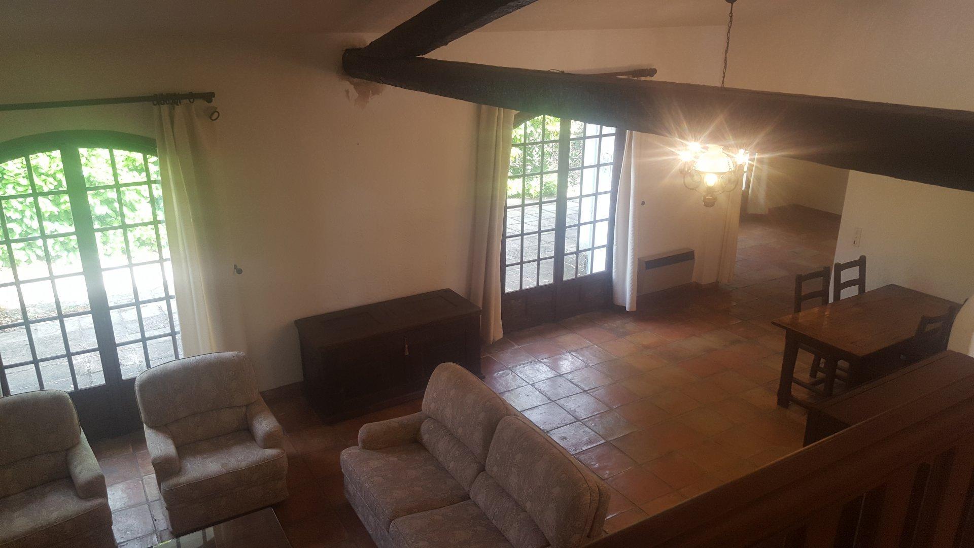 Villa 4 Pièces - 1 minute au village de Saint Cezaire sur Siagne