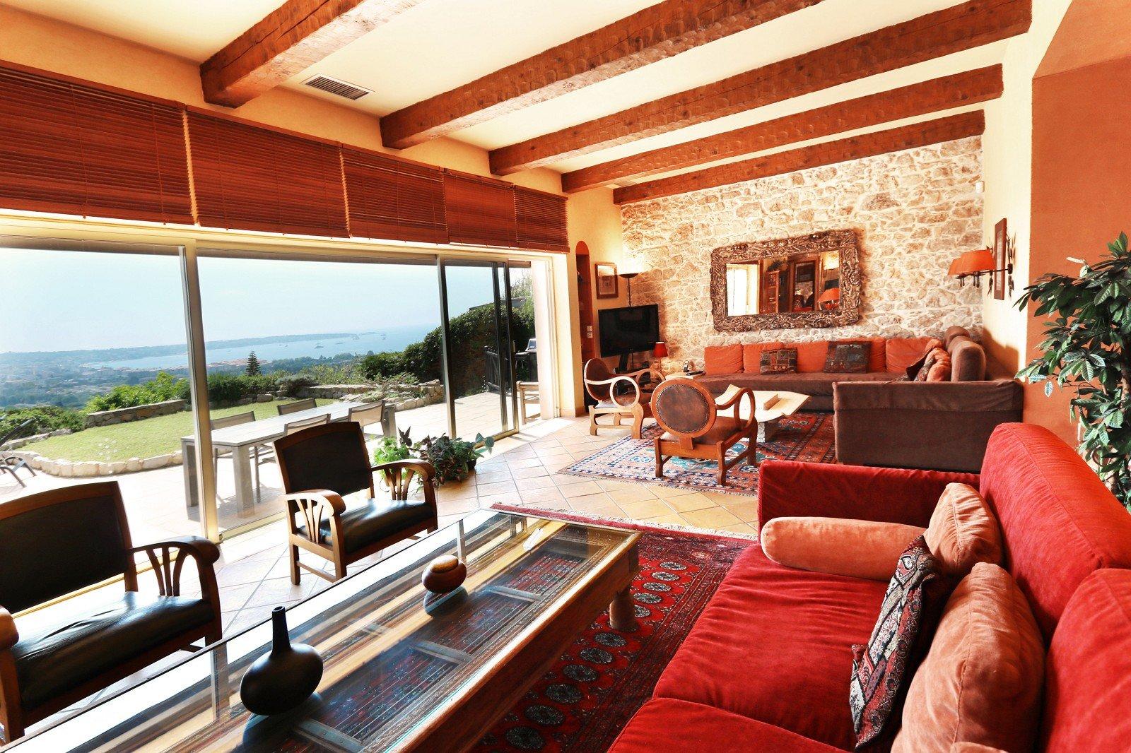 Real estate Côte d'Azur – France – Vaneau – 6