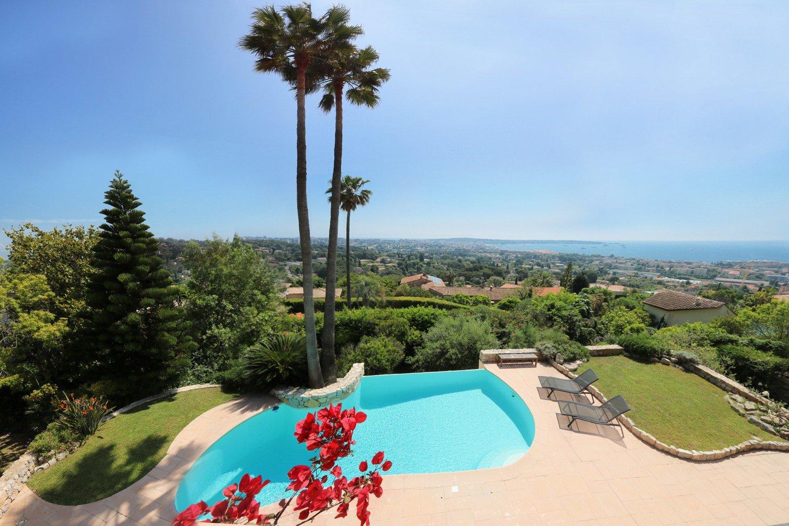 Real estate Côte d'Azur – France – Vaneau – 5