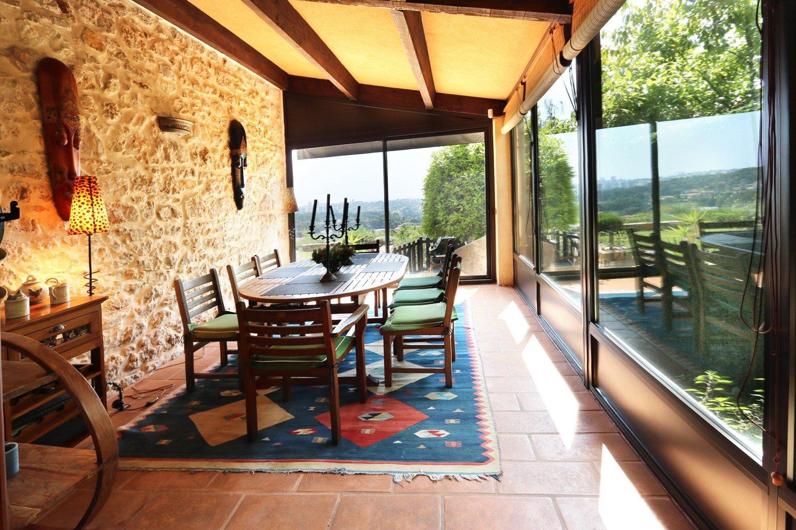Real estate Côte d'Azur – France – Vaneau – 9