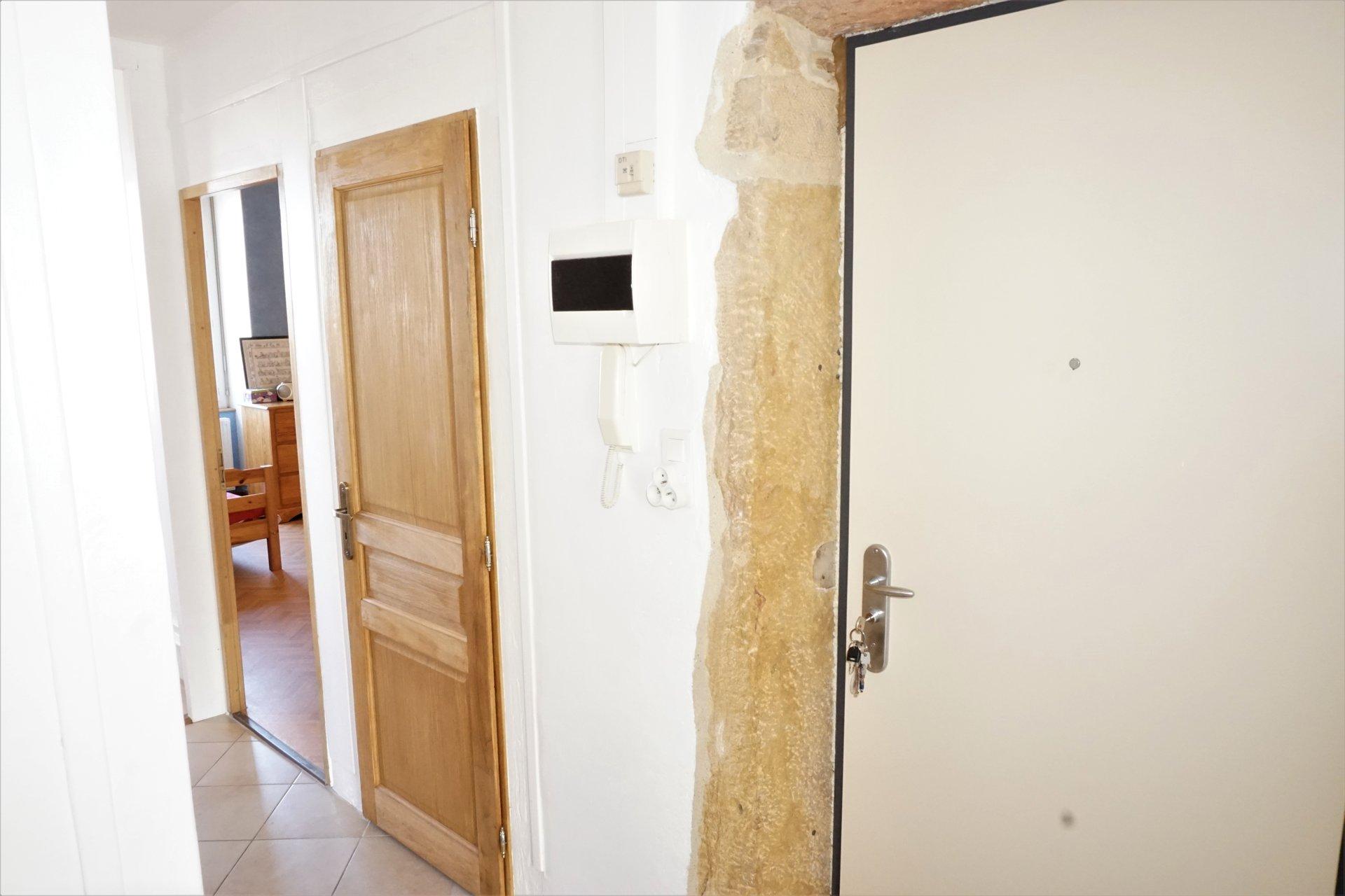 Sale Apartment - Villefranche-sur-Saône