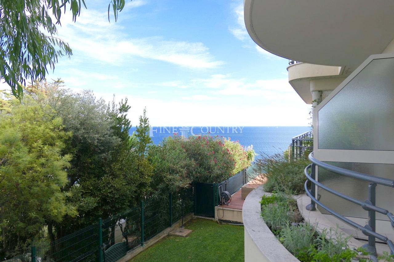 Apartment for Sale with sea view, Cannes, Californie
