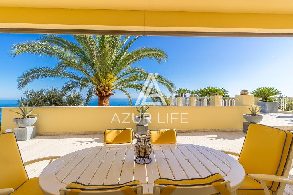 Beautiful apartment - panoramic sea view