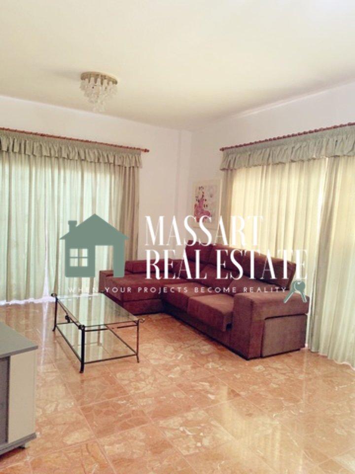 Te HUUR in het centrum van San Isidro, gemeubileerd appartement zeer ruim en licht.
