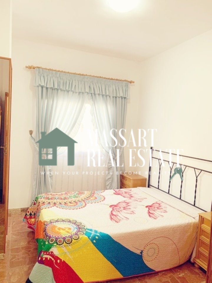 For RENT in the center of San Isidro, furnished apartment very spacious and bright.