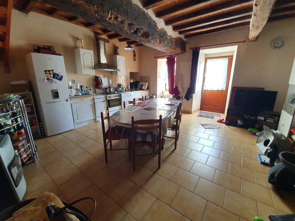 Rental House - Baulon