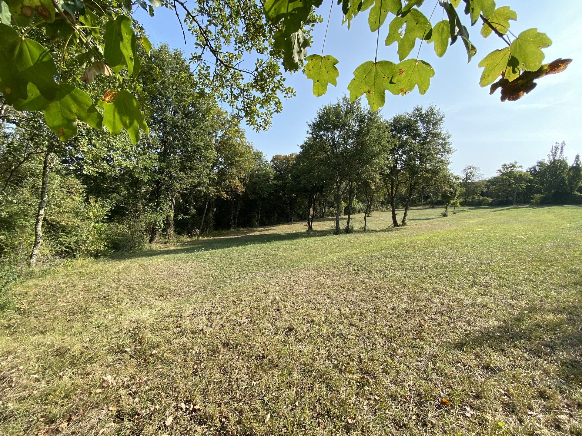 Building land 1899m² on the heights of Aurignac