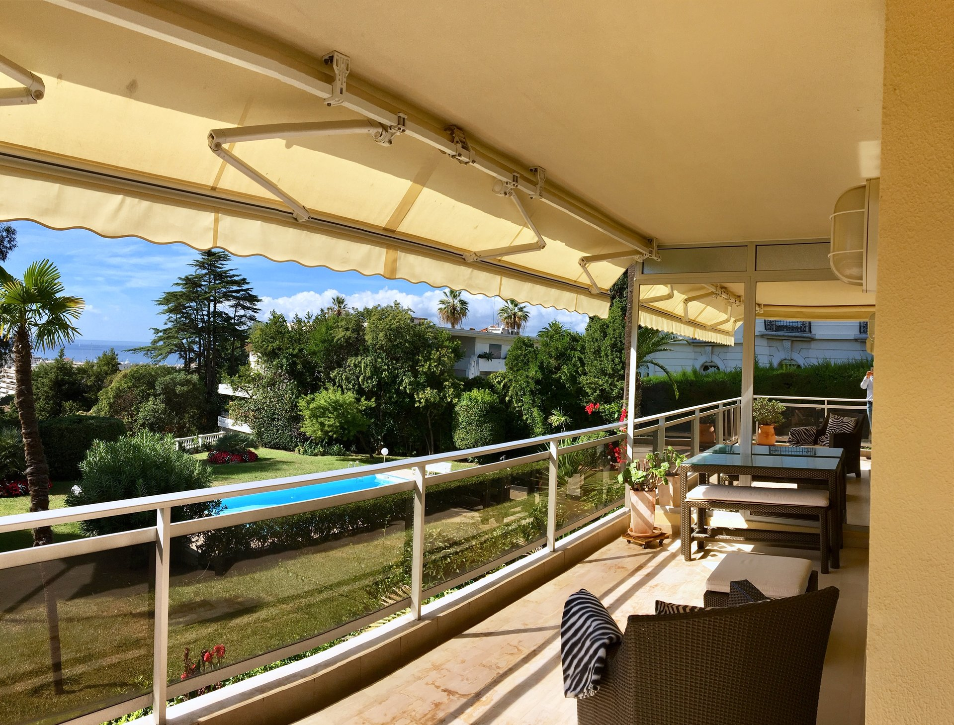 Cannes Californie 2-bedroom Apartment Pool and Sea View