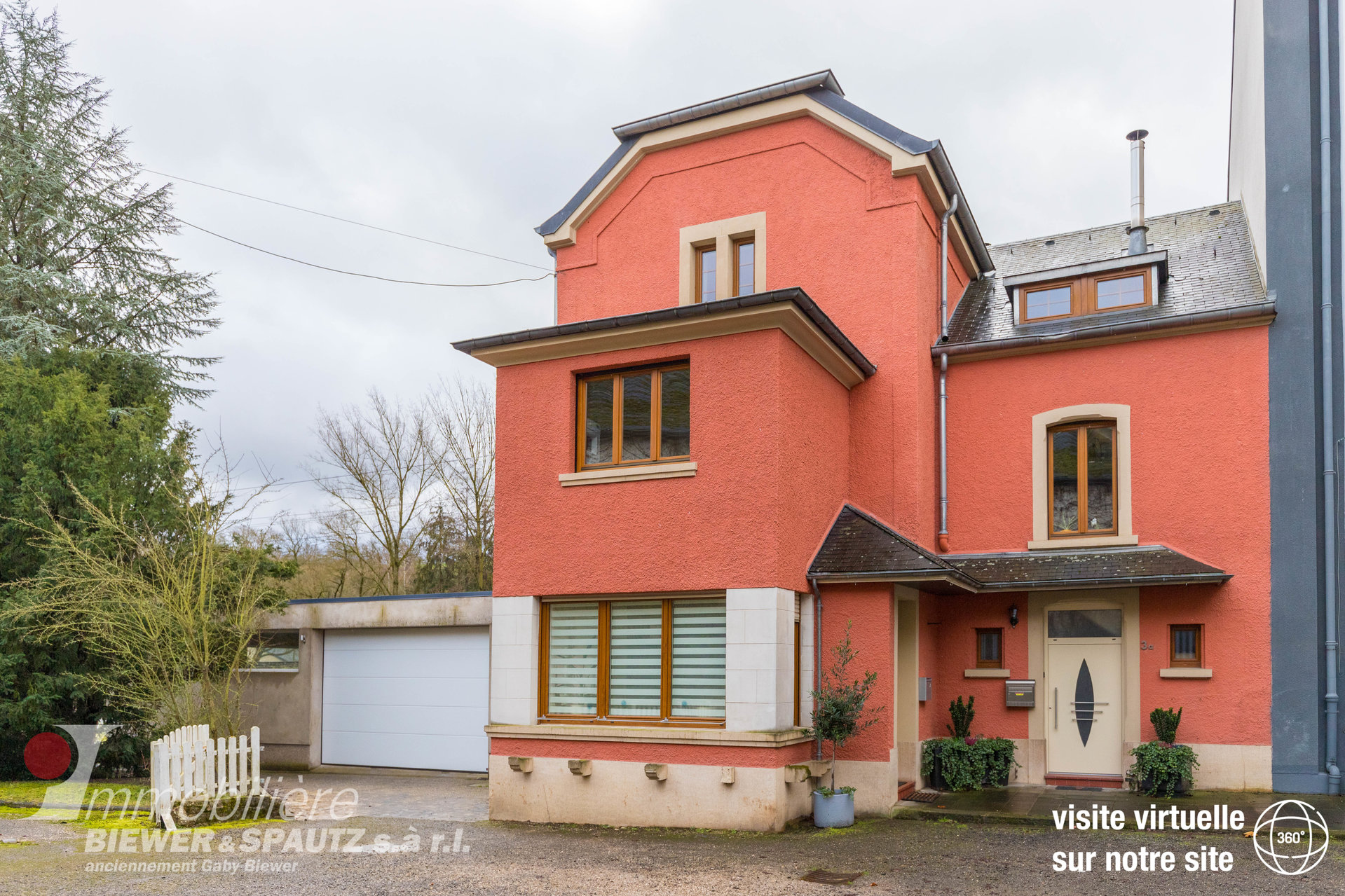SALES AGREEMENT - house with 5 bedrooms in Manternach