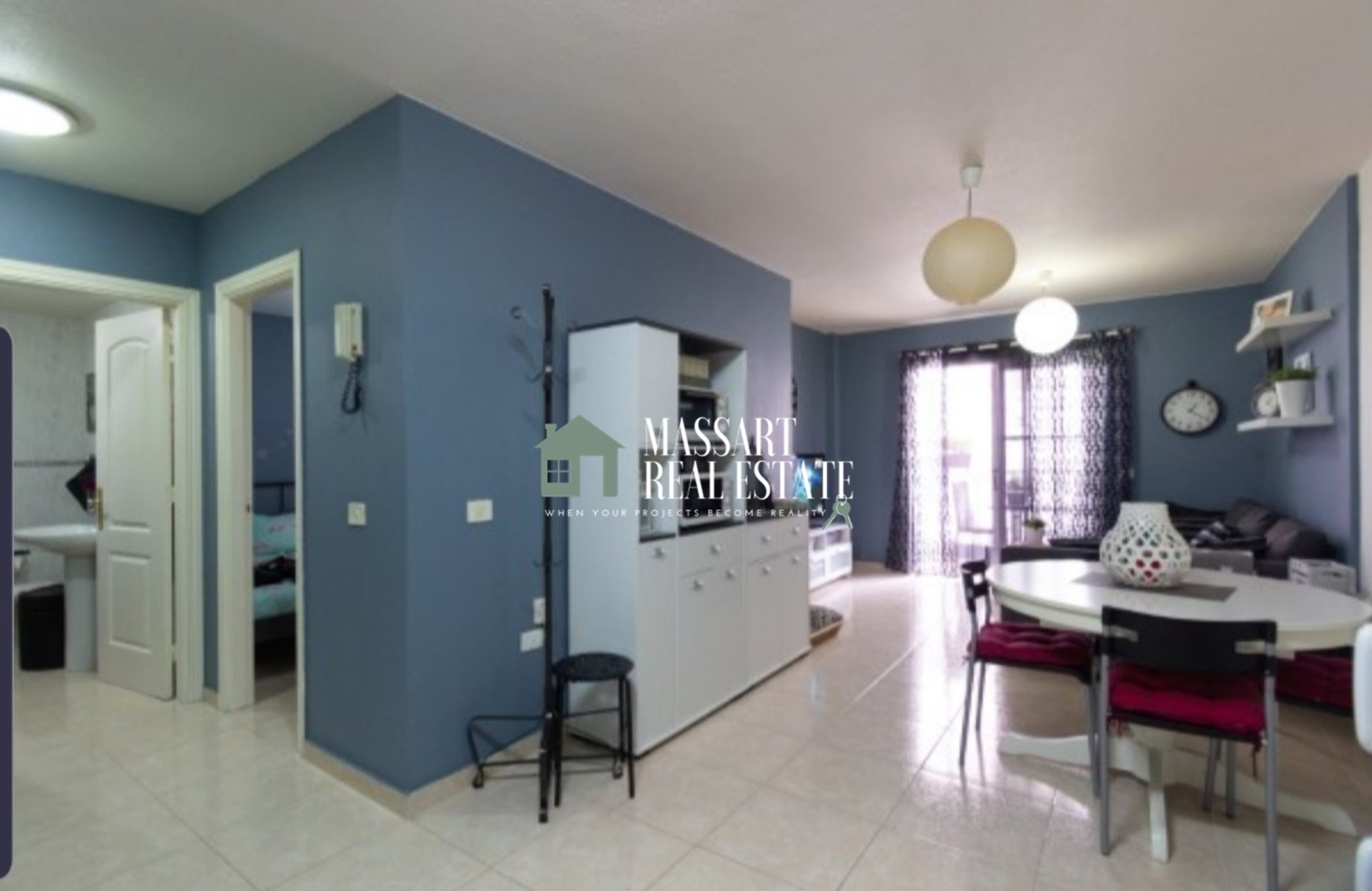 For sale in the town center of Adeje, newly renovated apartment of 56 m2.