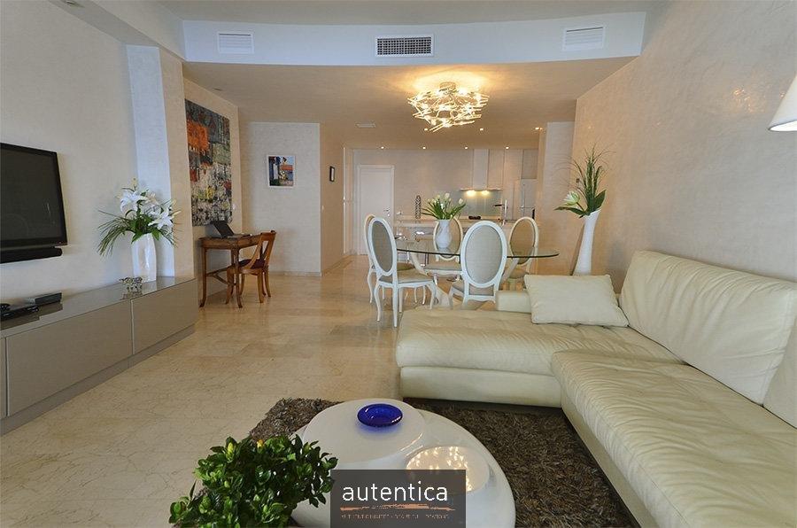 Amplio apartamento de 4 Habitaciones en Altea Hills