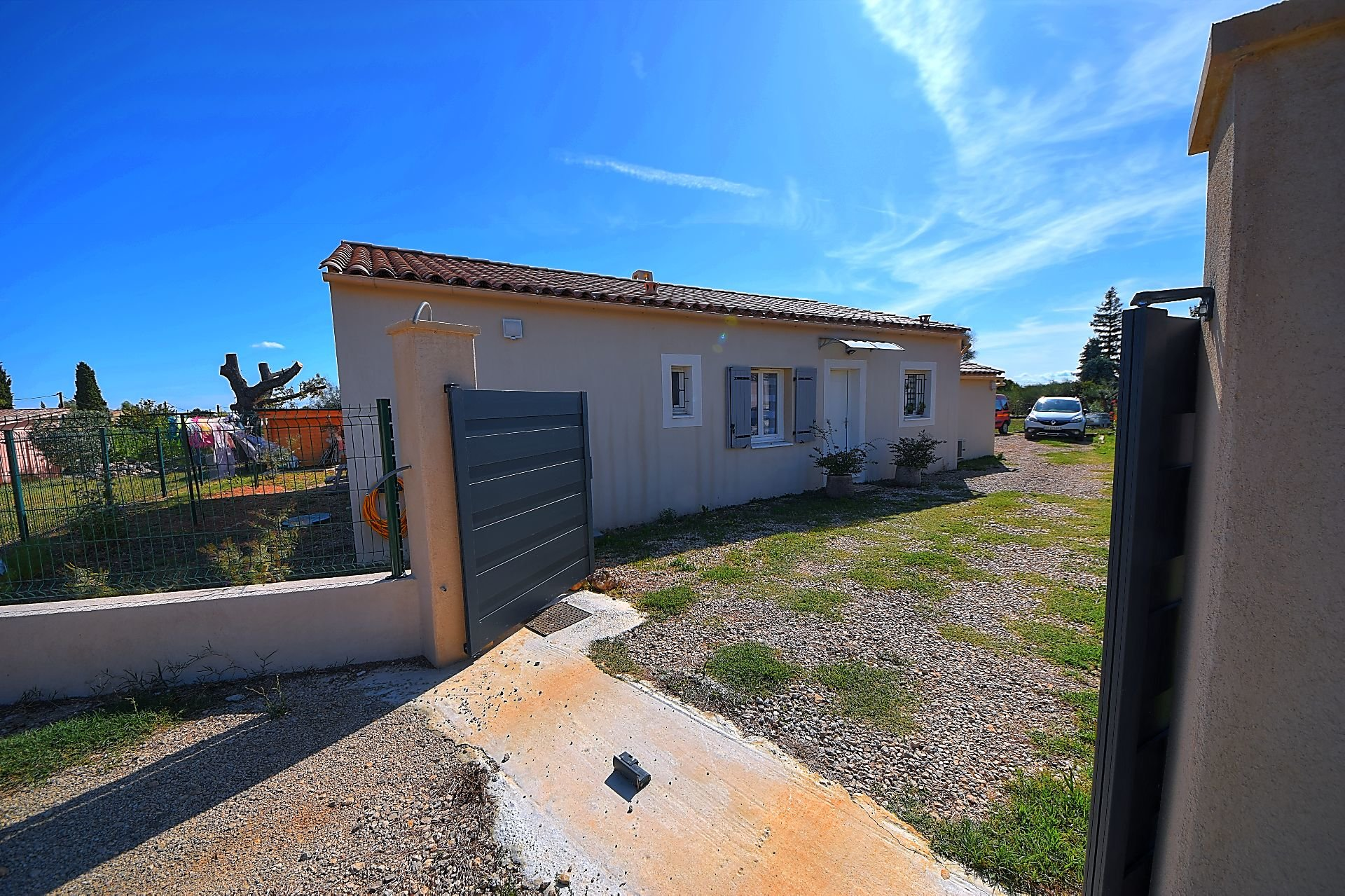 Villa 4 bedrooms, at walking distance from the village, Aups Provence