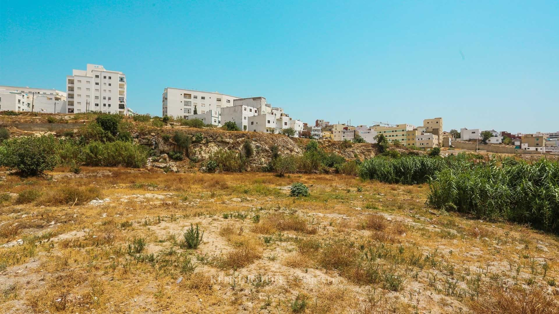 KPPM01274: Land Fiat Building land Tétouan Morocco