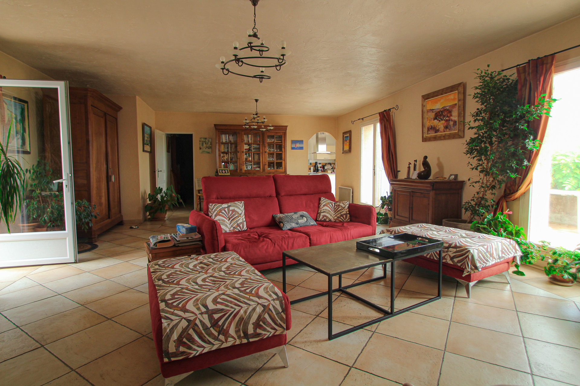 Fayence: Villa + 4 Apartments Fayence near village