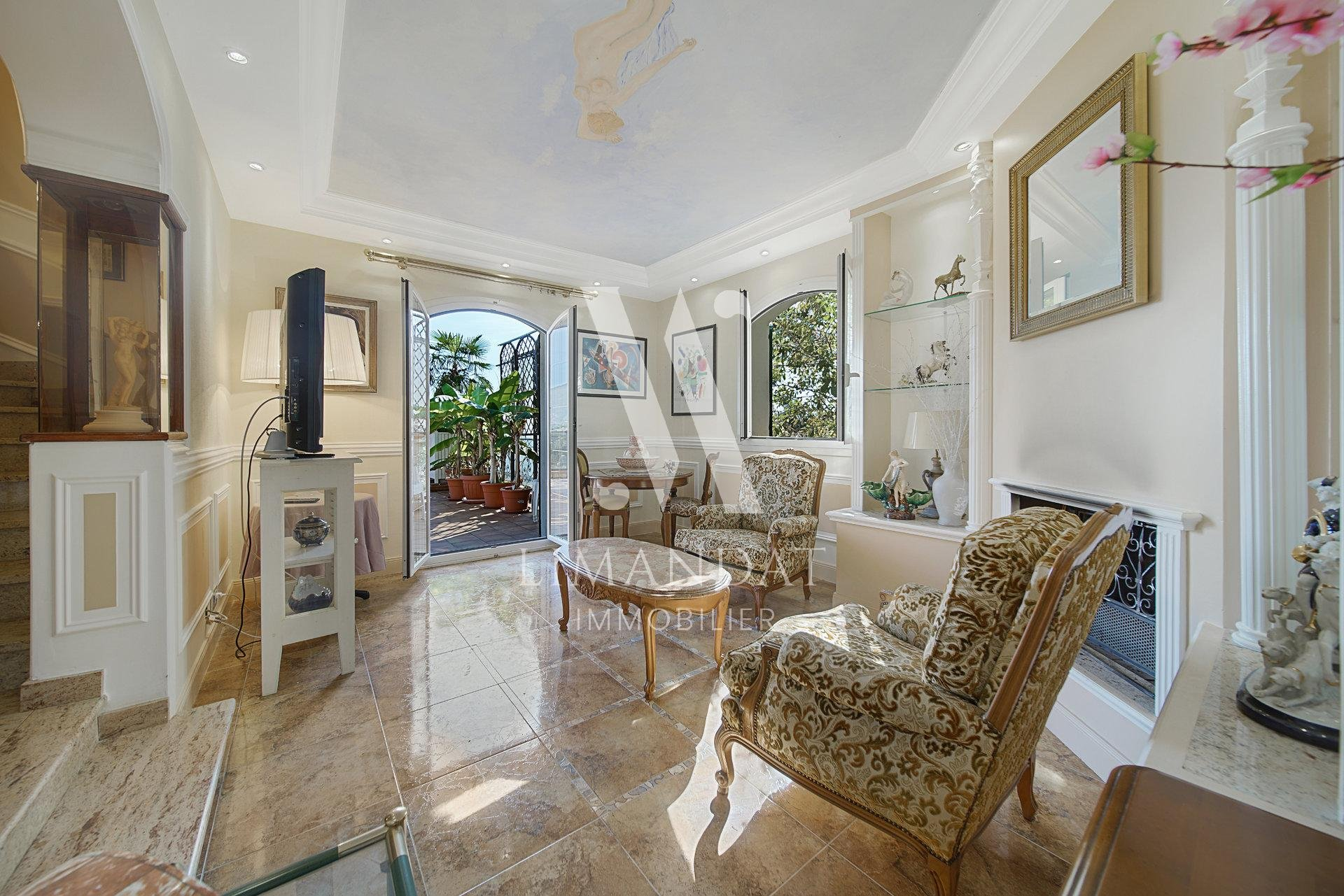 Roquebrune Cap Martin - character property with sea view