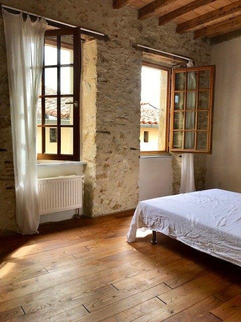 10 min Villefranche, character house with garden
