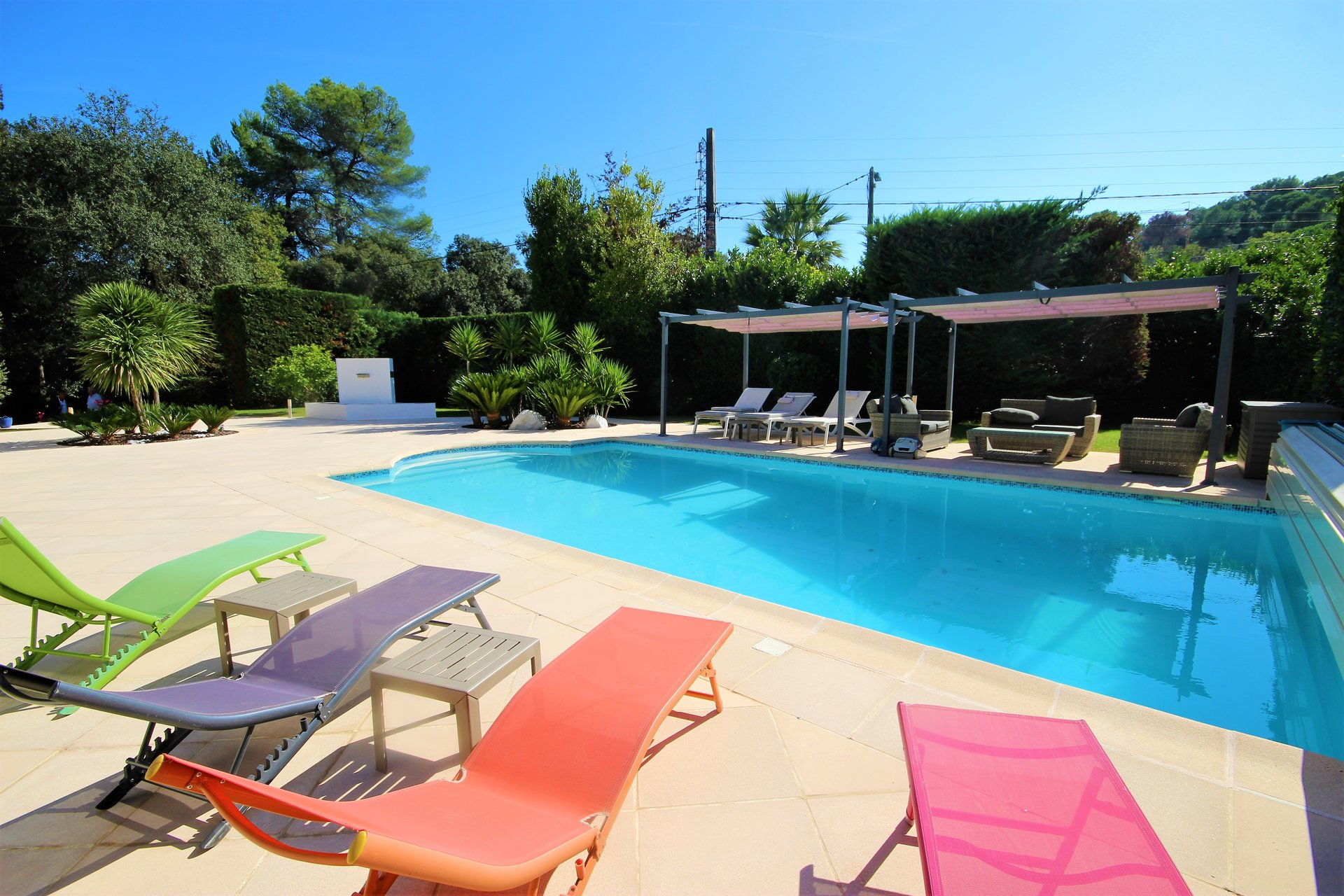 MOUGINS SALE VILLA 5 ROOMS IN PEACE ABSOLUTE SWIMMING POOL