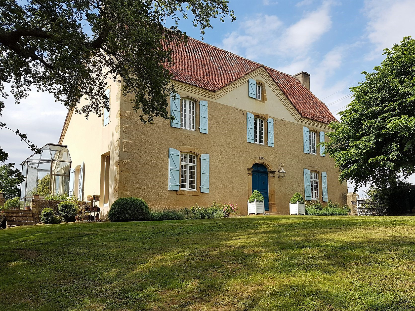 Near LEMBEYE - Lovingly restored early 19th century Maison de Maître with nearly 3 hectares of land.