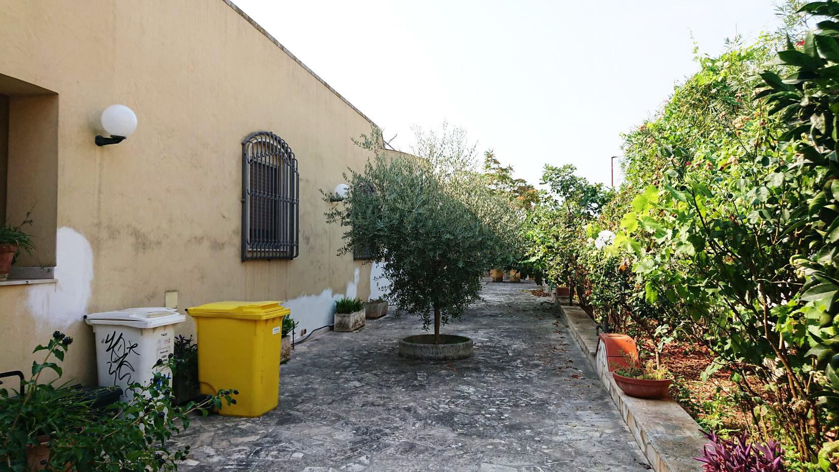 Sale Villa - Torre Santa Susanna - Italy