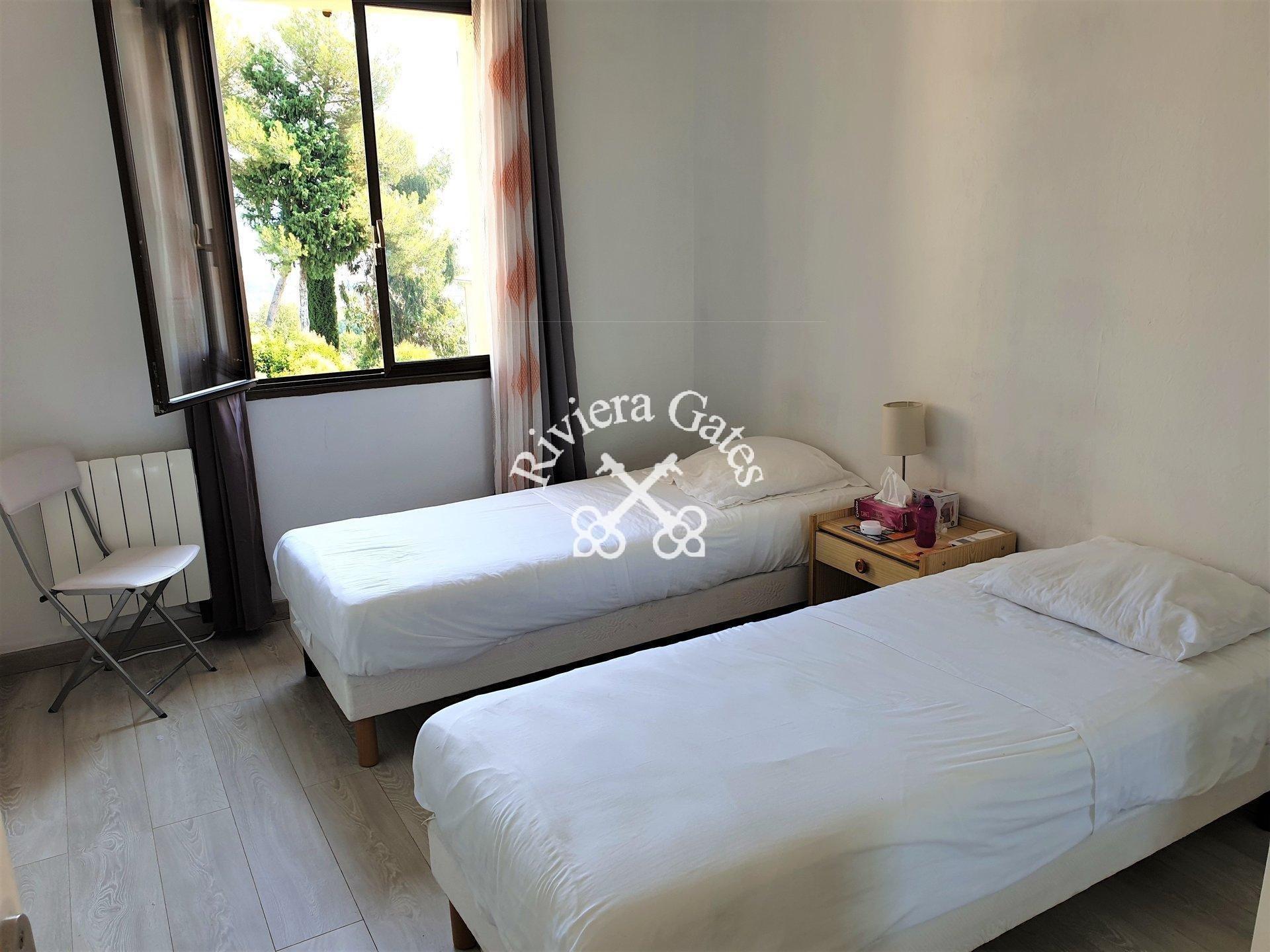 For rent - Sunny & quiet 3 bedrooms flat - Les Hauts de Vaugrenier