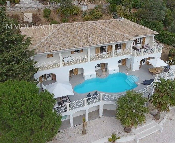 Large villa with sea view Les Issambres, French Riviera