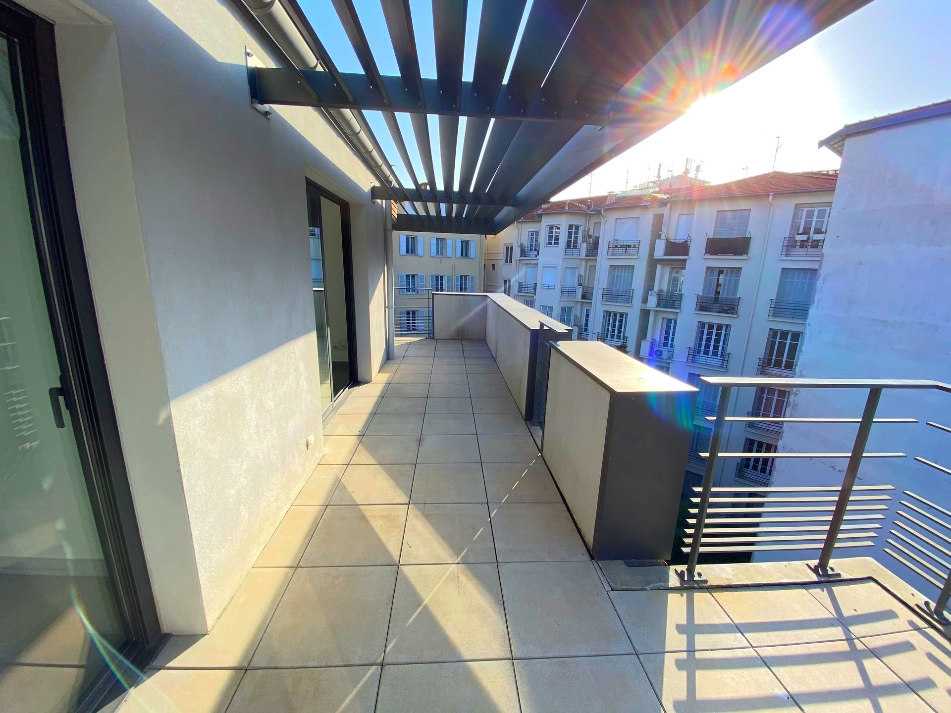 Nice - Golden Square - Top floor apartment with  terrace