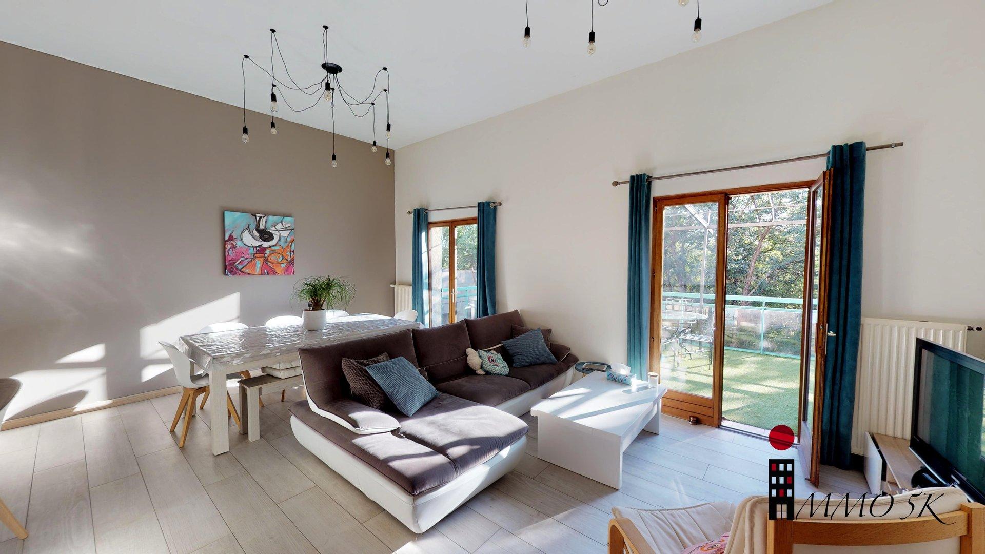 Maison 138,91m2 habitables - 6 pièces - 4 chambres - 369m2 Terrain