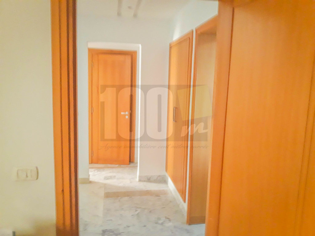 Vente duplex S+4 à Ain Zaghouan Nord