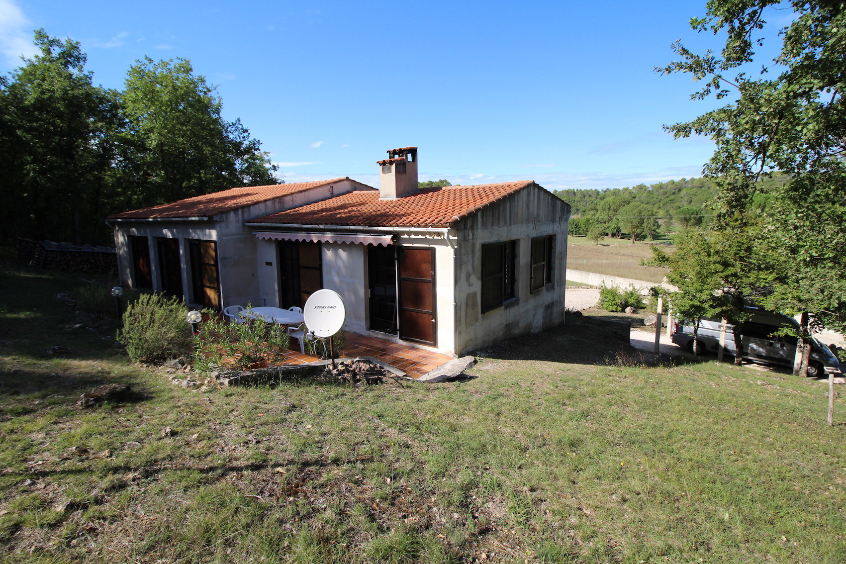 Tourves, a house in the countryside, 35 minutes from the seaside