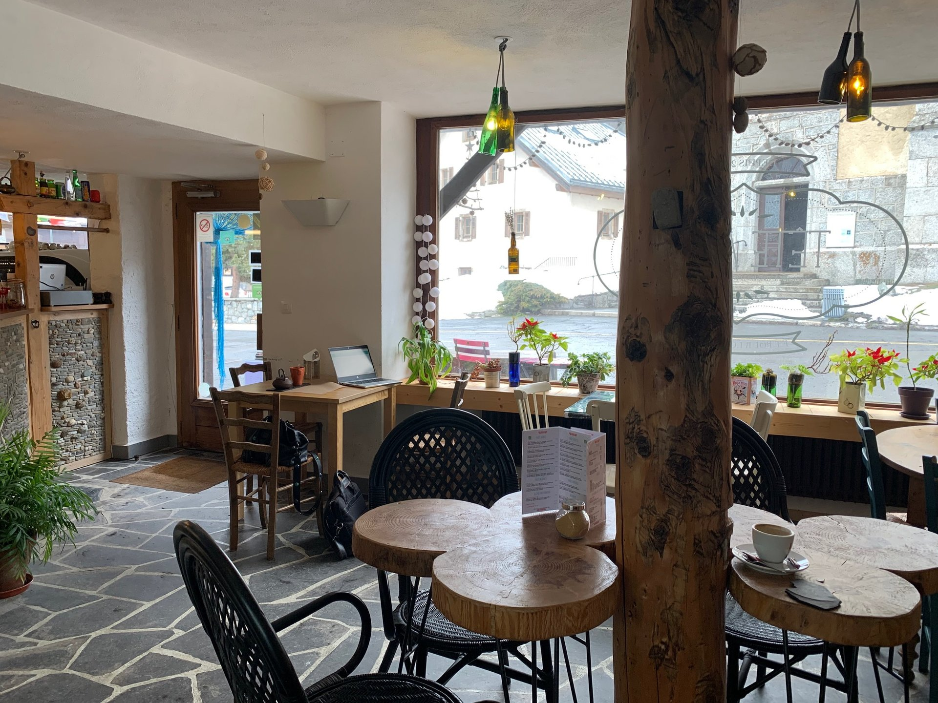 ARGENTIERE CENTER - COMMERCIAL PROPERTY OF LITTLE RESTAURATION